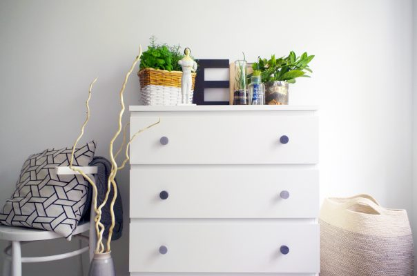Round shaped minimal concrete knobs for ikea hackers