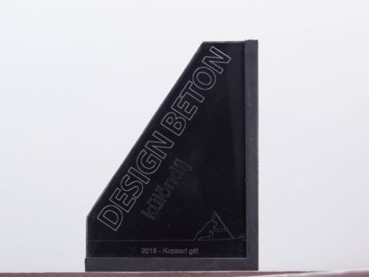 Design beton special award concrete trophy