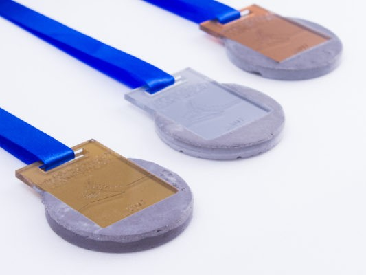 Concrete medals for winners of dragon boat award