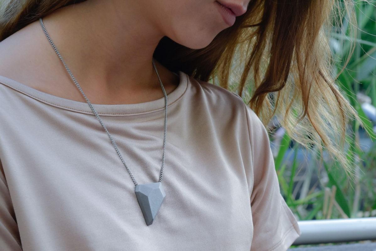 concrete-design-necklace