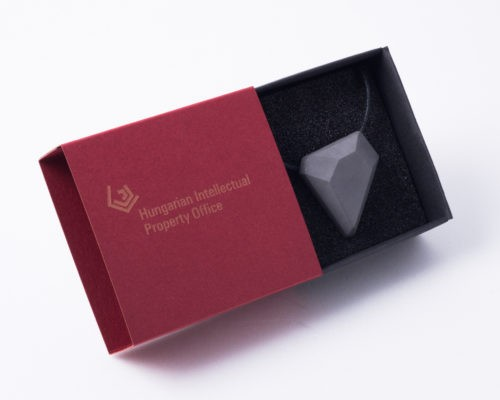 Business gift for female partners / employees