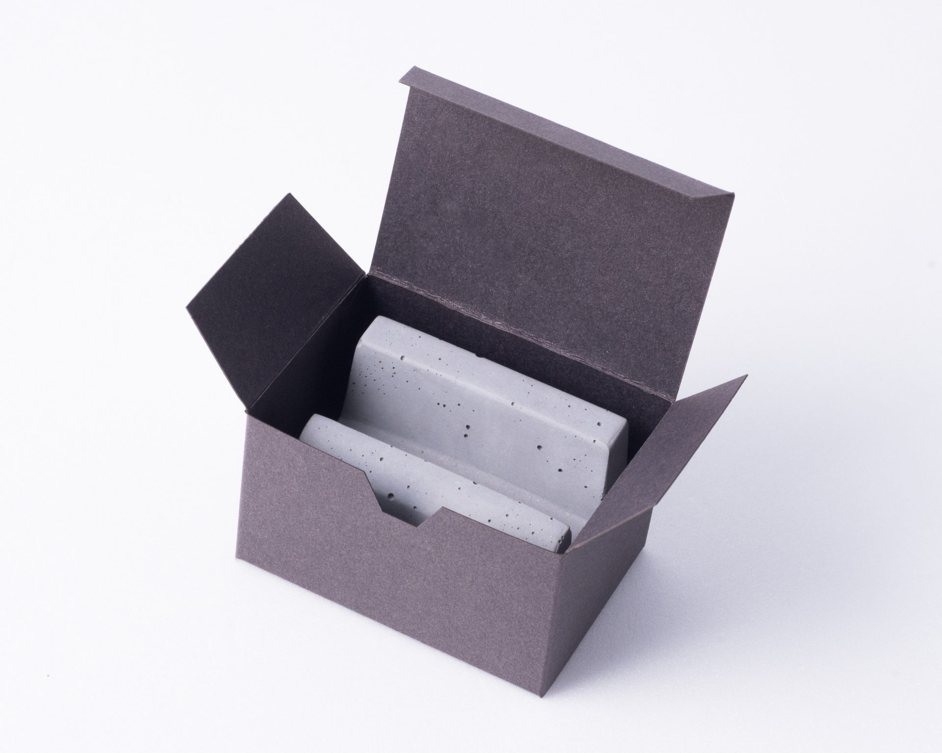 Business card holder as gift for clients in environment friendly box