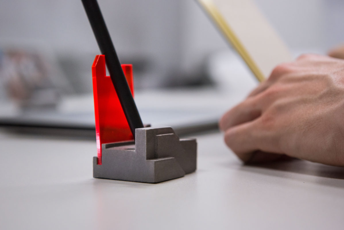 Cool design tabletop pen holder