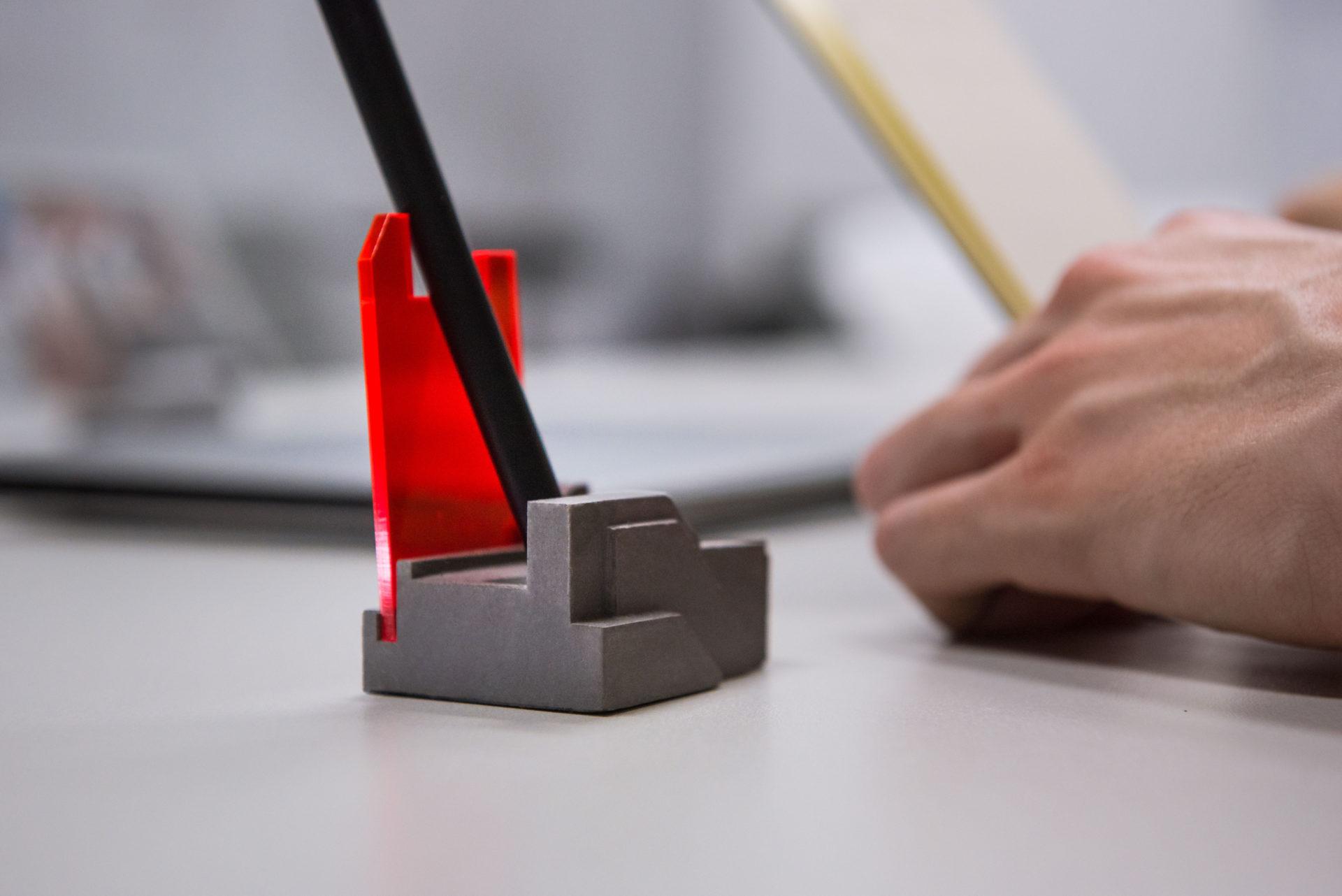 Cool design tabletop pen holder