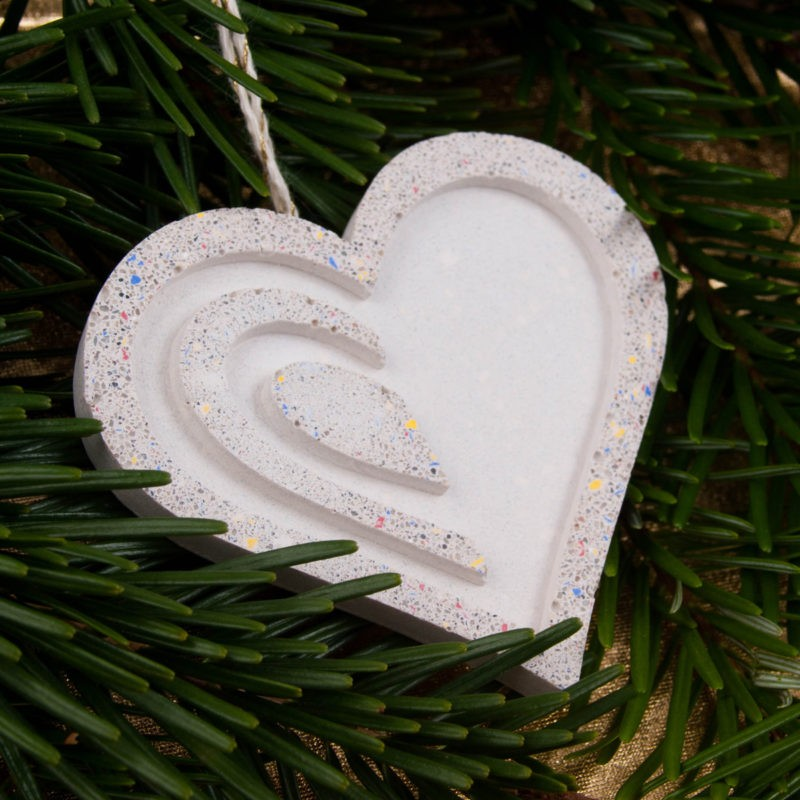 Concrete heart - Christmas tree design decoration item