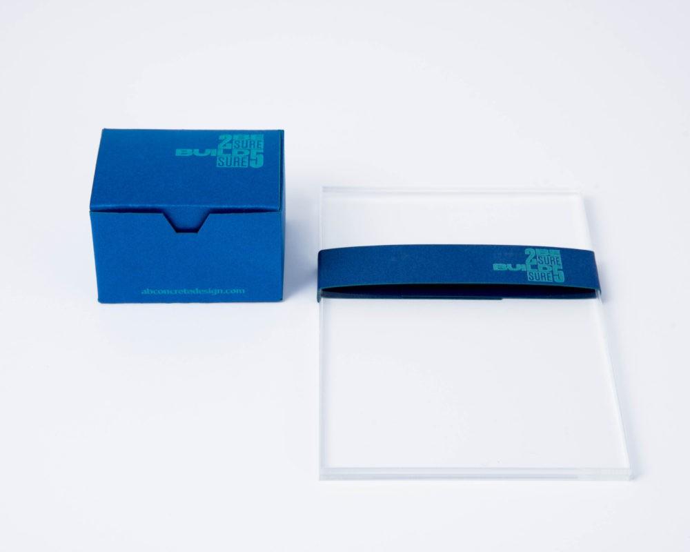 Logózott céges ajándék egyedi csomagolásban