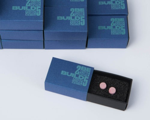 Earrings as corporate gifts for your business partners with branded packaging
