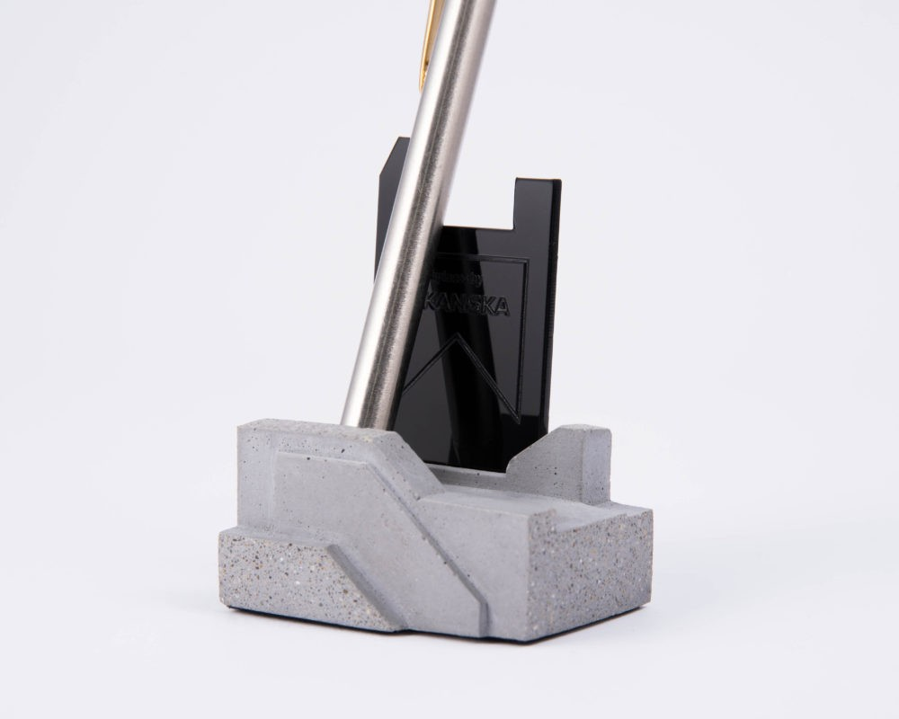 Terrazzo concrete pen holder as corporate gift for Skanska