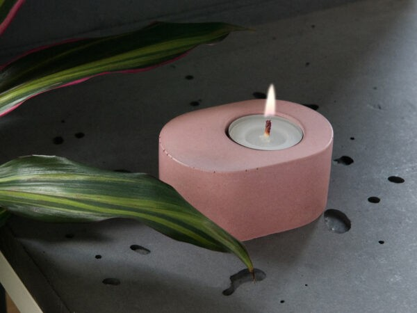Concrete design candle and tealight holder in powder pink