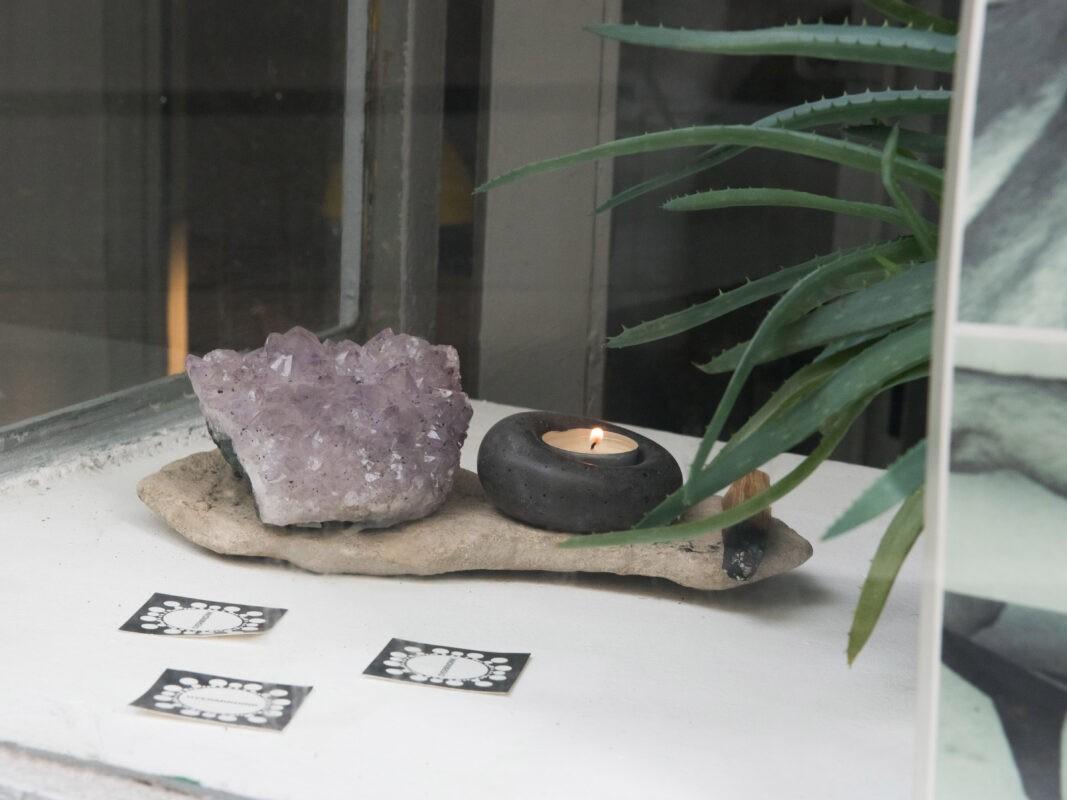 concrete design objects shopwindow