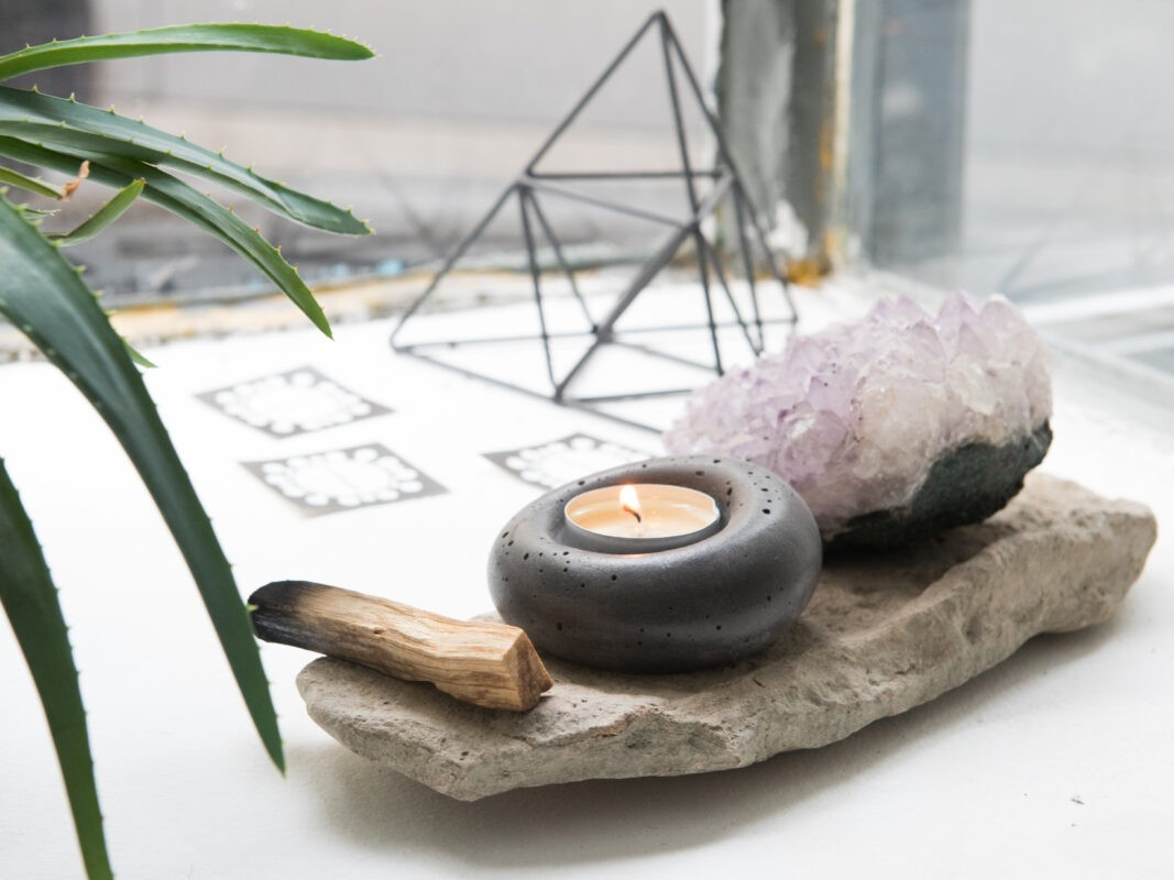 concrete tealight holder rounded