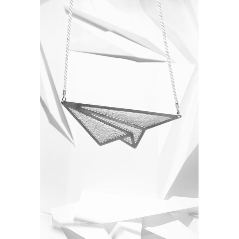 paper ariplane necklace